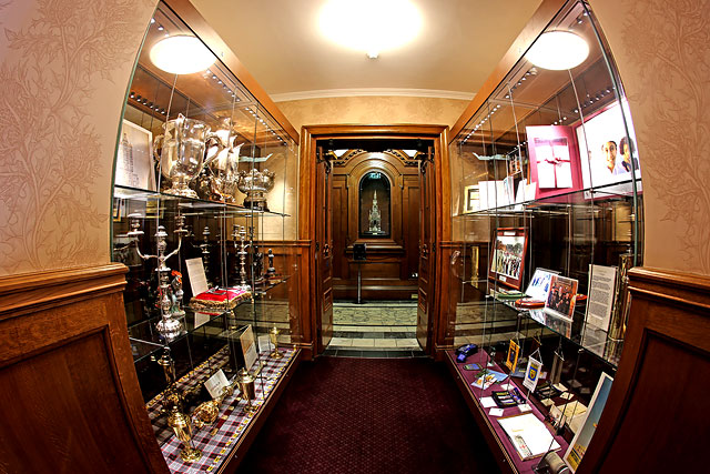 The City Chambers  -  High Street, Edinburgh  -  Display Cabinet in the Corridor, near the Council Chamber