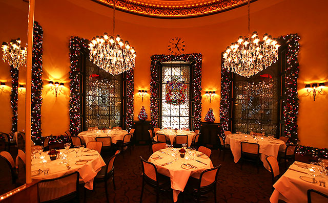the dome restaurant 14 george street chandeliers chroistmas decorations and tables set for