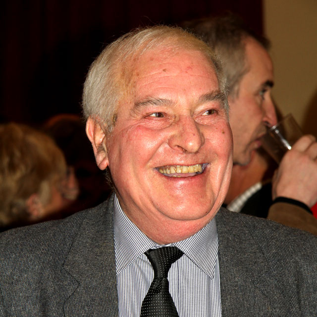 Sandy Cleland, a former President of EPS, at a gathering of EPS Members on 15 December 2010, to celebrate his recent invitation to join the London Salon.