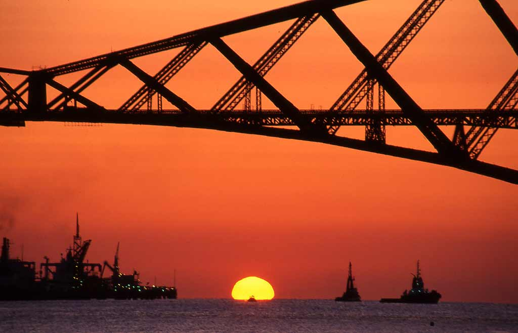 The Forth Rail Bridge  -  Sunrise 3