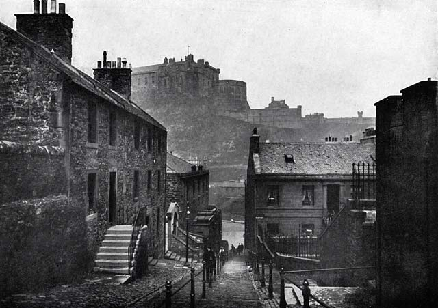 W R & S Ltd  -  Photographs from the early 1900s  -  The Vennel