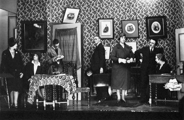 A scene from a play performed at the PPA Congress in 1930