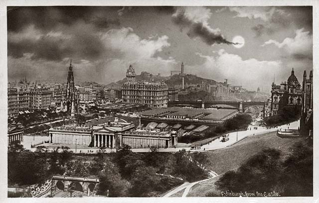 Looking ENE to Princes Street and Calton Hill from Edinburgh Castle  -  post card - Alex Anderson