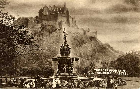 The Ross Fountain in Princes Street Gardens  -  Postcard  -  PPC Philco Series