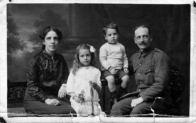 Post Card Portrait by Drummond Shiels   -  The Gourlay family