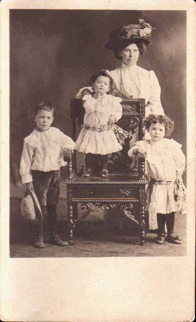 Catherine Fraser Carbray and her kids