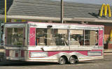 Zoom-in to refreshement van at Craigentinny Avenue North, Seafield  -  September 2005