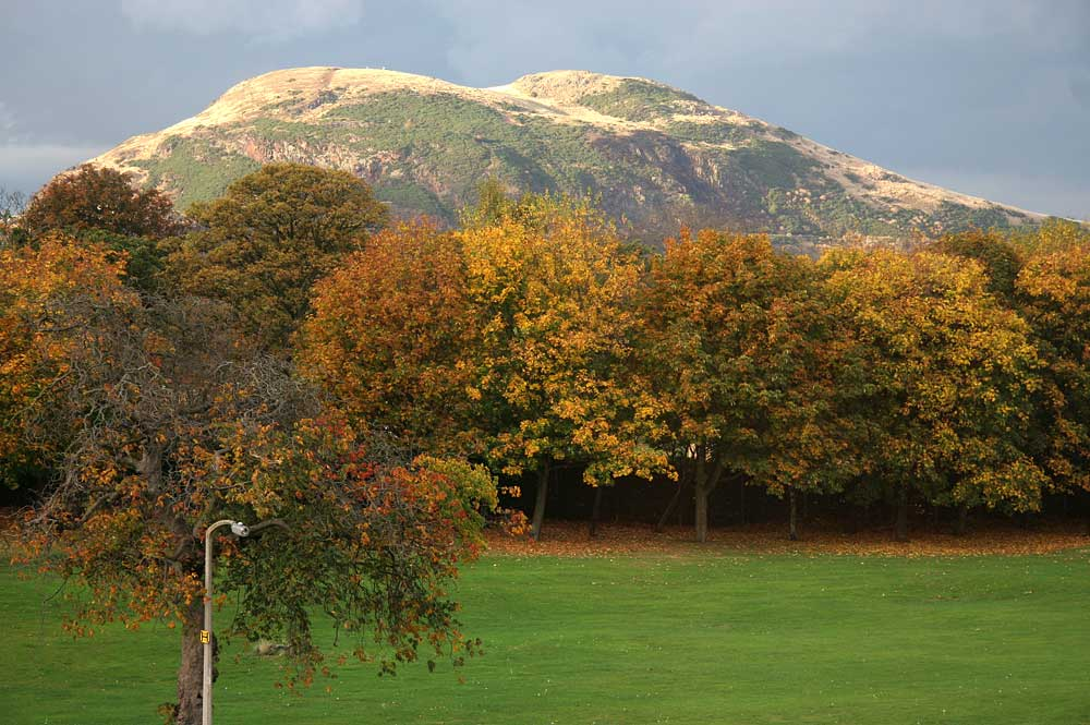 Arthur's Seat from Inch ParkInch Park  -  Photographed 30 October 2005