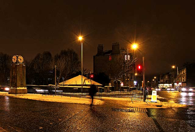Canonmills Clock, and Looking to the NW along Inverleith Row from the junction with Brandon Terrace  -  Christmas Eve, 2009
