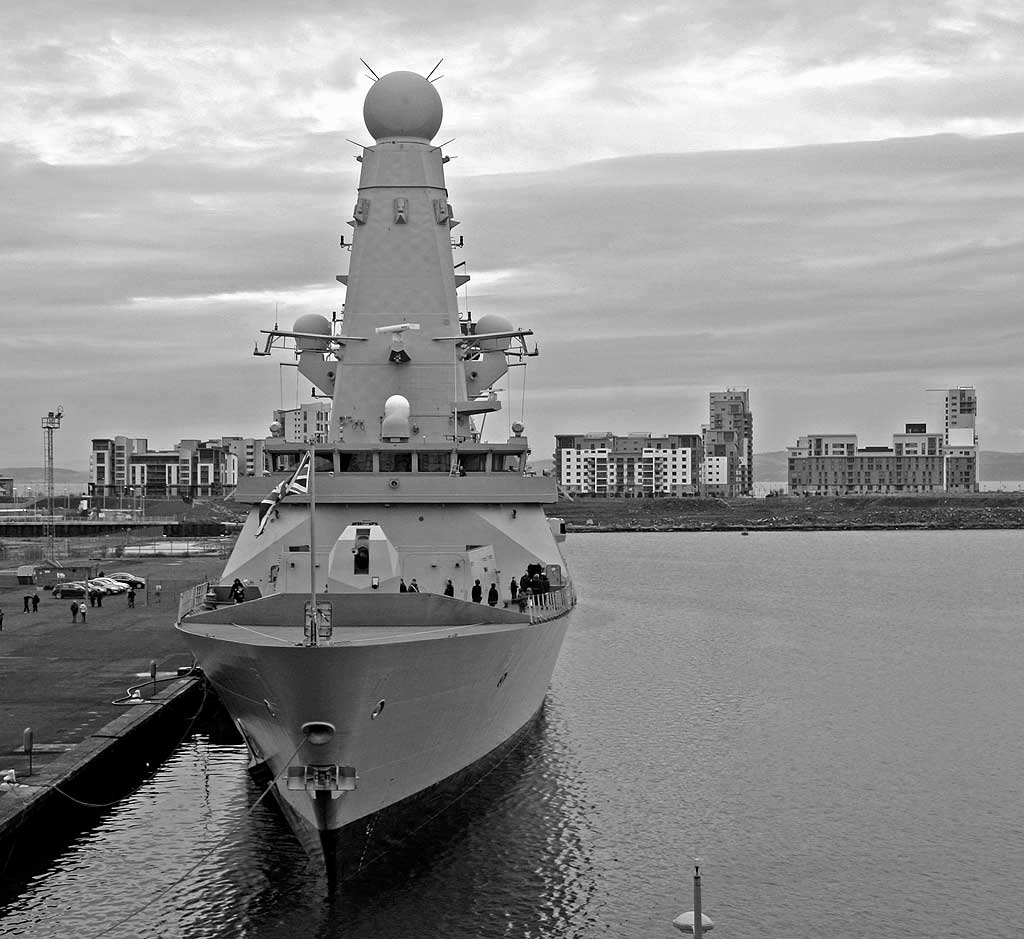 D32, HMS Daring, Type 45 Destroyer at Leith Western Harbour  -  November 21, 2009