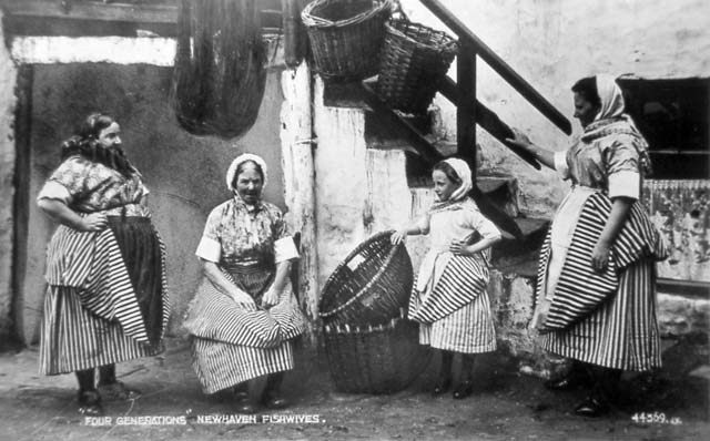Four generations of Newhaven Fishwives -  A  Valentine postcard