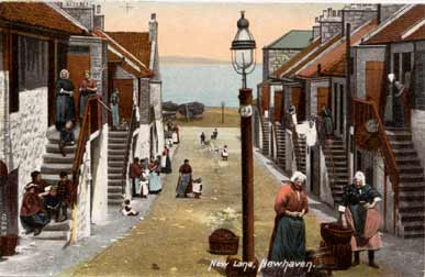 Newhaven New Street  -  Post card by Hartmann