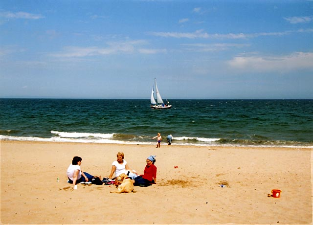 Portobello Golden Days Festival  -  14 June 2003  -  Beach Picnic