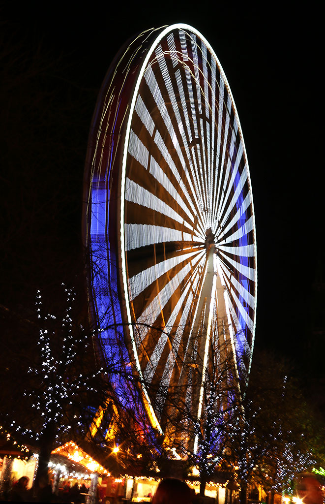 Edinburgh Wheel, East Princes Street Gardens  -  Photo taken November 2014