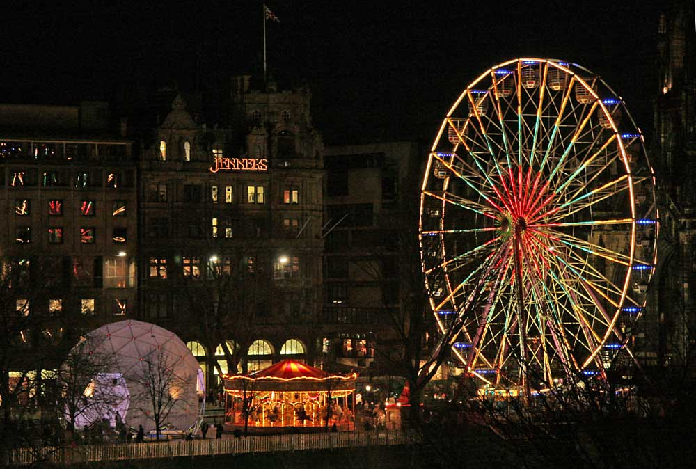 Edinburgh, Christmas 2005  -  The Bungydome, Christmas Carousel and Edinburgh Wheel