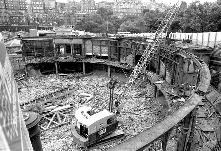 Demolition Of The Western End Of Waverley Market Roof 1982