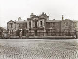 Photo titled 'Board School, Leith', taken probably between 1930 and 1947.  Which school was this?  Where was it?   Is it still standing?