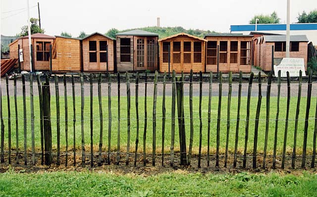 dinburgh waterfront garden sheds in forest crafts yard 28 july 2002