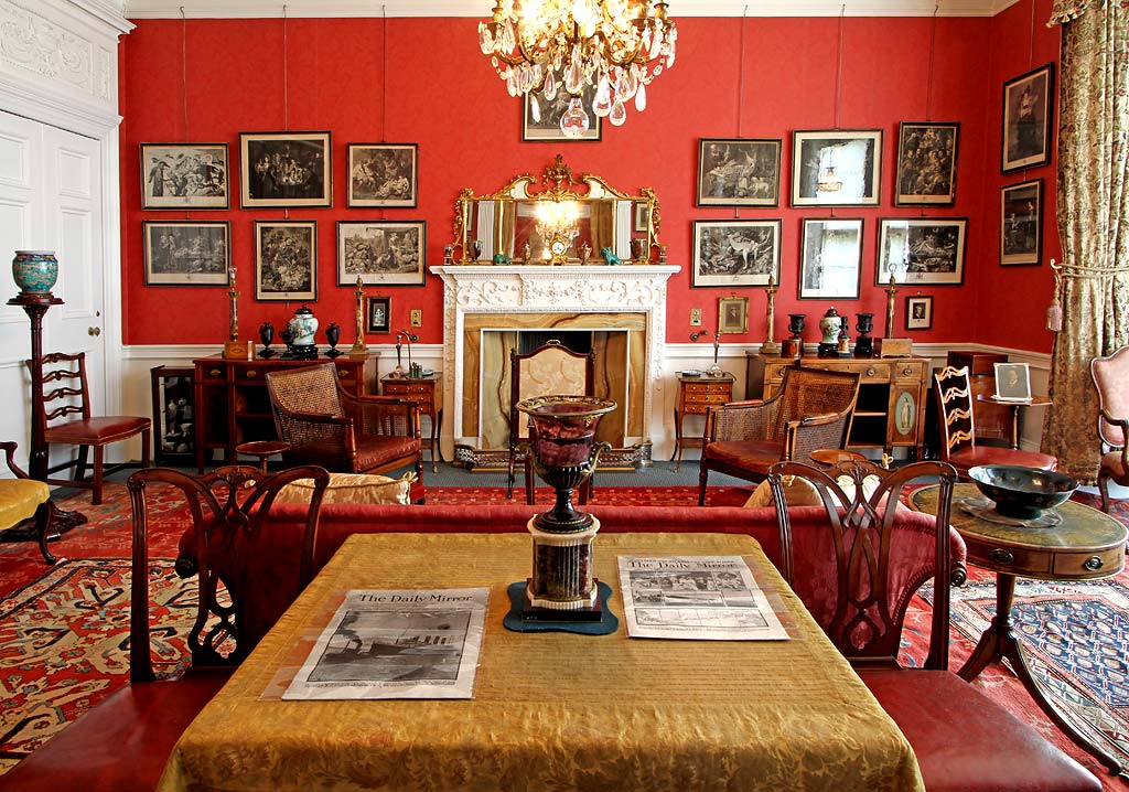 Talk to lauriston castle history of photography in for Sitting room images