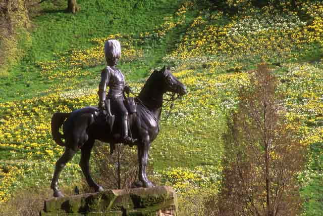 Royal Scots Greys' memorial statue  -  West Princes Street Gardens  -  May 1996