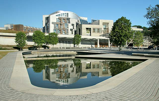 issues in the construction of the scottish parliament The scottish parliament (scottish gaelic: pàrlamaid na h the scottish parliament building was designed by spanish architect enric miralles in partnership with local edinburgh architecture firm rmjm which sharing a perspective on issues of faith this contrasts with the formal.