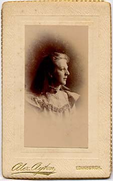 Alex Ayton jun  -  Carte de Visite  -  No 11  -  front