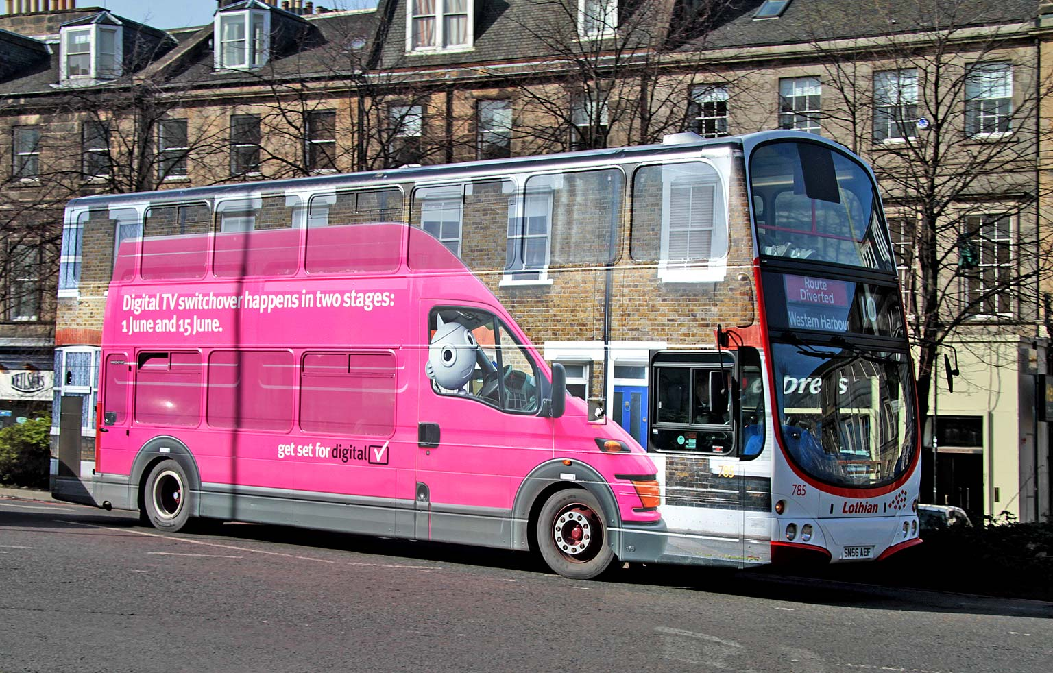 Lothian Buses All Overadverts On Buses Bus 785
