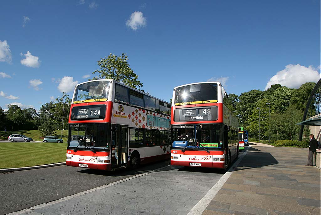 Lothian Buses  -  Terminus  -  RBS Gogarburn  - Routes 24A and 45