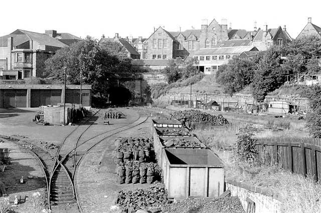 Rmweb Archive View Topic Scotland Street Goods