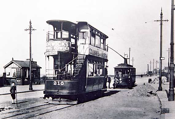 Trams at Joppa, where the Edinburgh Cable Cars met the Musselburgh Electric Trams