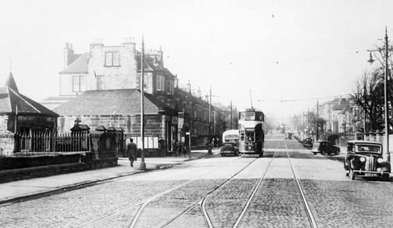 Mayfield Gardens  -  Newington Station  -  Tram