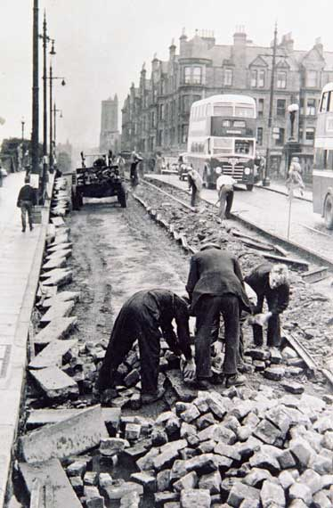 Roadworks - Laying or Removing Tramway Tracks  -  Where?  When?