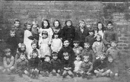 A group of children at 'First Coort', Dumbiedykes Road