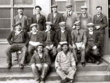 14 Edinburgh workers  -  around 1937  -  Which company?