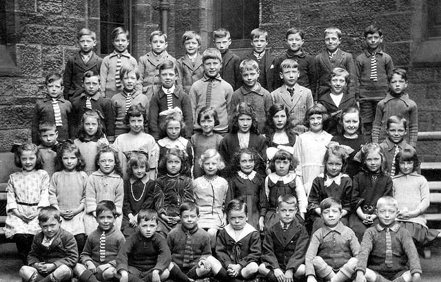 Leith Walk Primary School  -  late-1920s