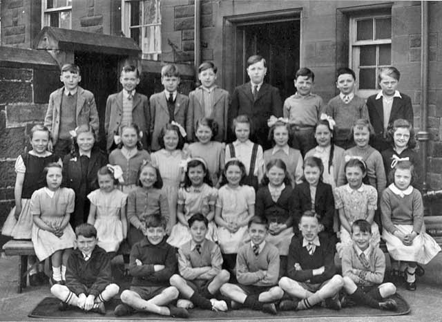 A photograph  by Prophet of a class at Preston Street School around 1952