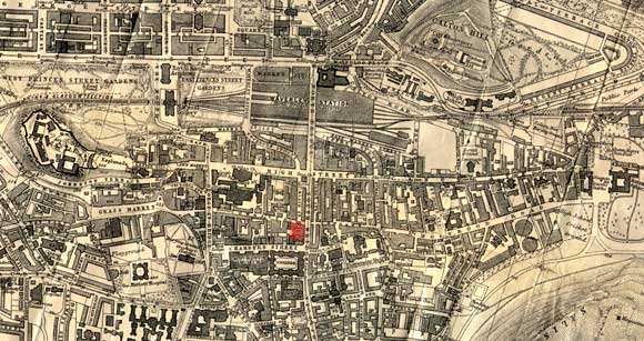 Fire in the Old Town of Edinburgh  -  December 2002  -  Zoom-out on a 1917 map.