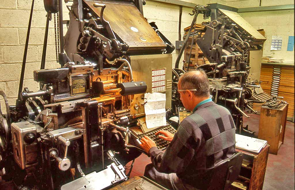 Edinburgh at work  -  Baker and Claremont, linotype equipment