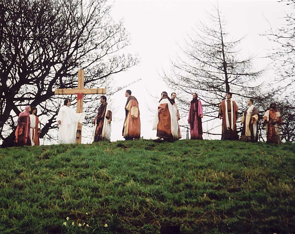 The Easter Play in West Princes Street Gardens  -  26 March 2005  -  After the Resurrection - 1