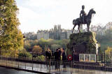 Photograph by Peter Stubbs  -  Edinburgh  -  November 2002  -  Royal Scots Greys statue and the Old Town of Edinburgh