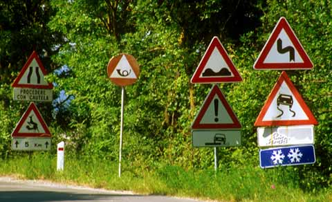 0_my_photographs_italy_-_tuscany_road_signs_1nq21_large.jpg