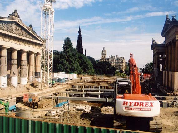 The National Galleries of Scotland  -  Excavation for the Playfair Project  -  20 August 2002