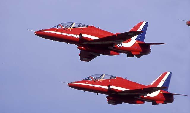 0_my_photographs_sky_-_red_arrows_gg20.j