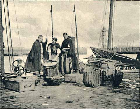 Newhaven Fishwives and Harbour  -  Photo published in Amateur Photographer  -  1892