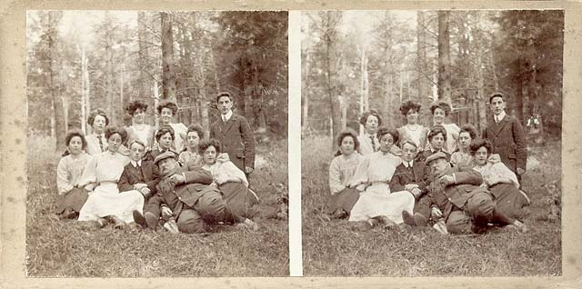 Stereo view by John Donaldson Edward  -  Group at Stow, including Marjory and John D Edward