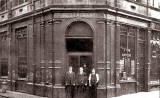 Scappaticcis Fish & Chip Shop on the corner of Kirkgate and Cotfield Lane, around 1920