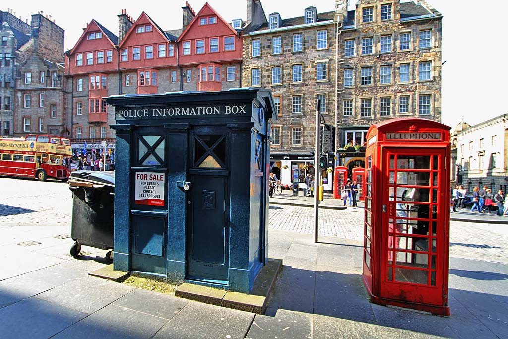 Police Box in the Lawnmarket - part of Edinburgh's Royal Mile  -  For Sale, May 2012