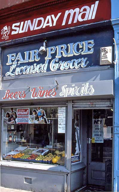 Edinburgh Shops  -  103 Leith Walk  -  1991