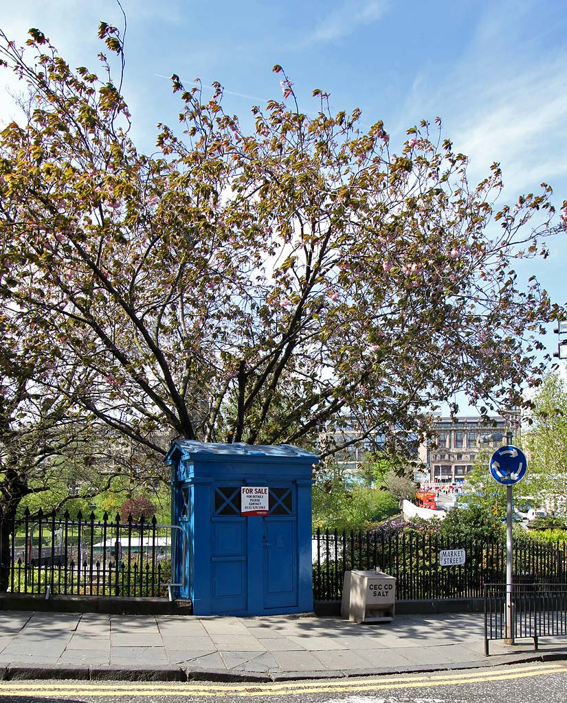 Police Box near the foot of Market Street, at the SE corner of Princes Street Gardens  -  2012