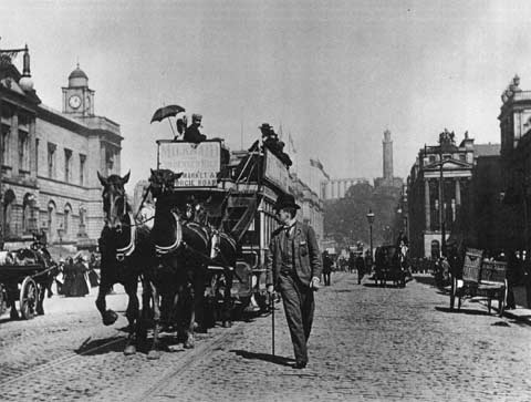 Horse-drawn Tram in Prinfes Street  -  Photo by JCH Balmain